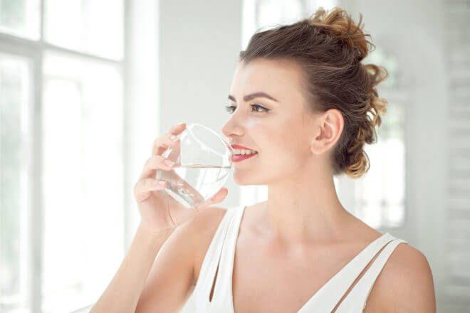 Woda przyspiesza odchudzanie