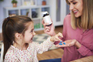 Suplementy dla dzieci w wieku szkolnym. Jak suplementować dzieci, młodzież i młodych wegetarian?