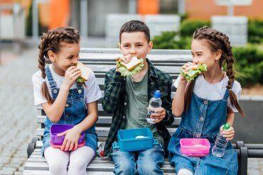 Dieta dla dziecka w wieku szkolnym - piramida żywienia dzieci