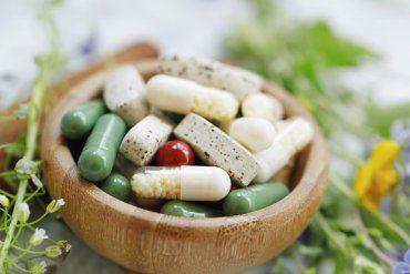 Poradnik suplementacyjny – jak leki i suplementy oddziałują ną siebie?