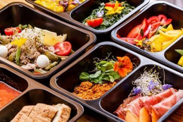 Zdrowie w pudełku. Plusy i minusy diety pudełkowej