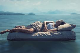 Wiemy, jak pandemia i zamknięcie wpływają na sen